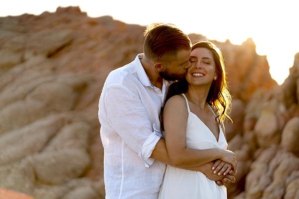 Τρυφερη prewedding φωτογραφιση στην παραλια Βουλιαγμενης │ Αφροδιτη & Στεφανος