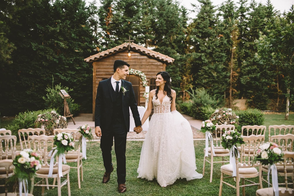 Καλοκαιρινός γάμος με ρομαντικές λεπτομέρειες │ Ανδριάνα & Δημήτρης