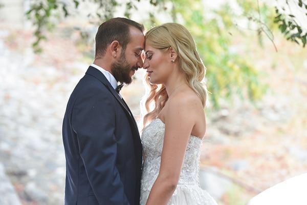 Καλοκαιρινός γάμος στη Λευκωσία με κόκκινα τριαντάφυλλα και κρίνα │ Μαρια & Μαρινος
