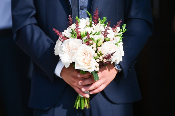summer-wedding-nicosia-red-roses-lily_12