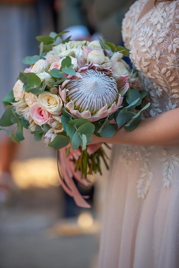 summer-wedding-pyrgos-petreza-protea-pink-mint-hues_06