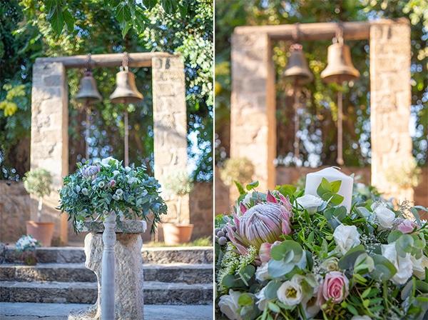 summer-wedding-pyrgos-petreza-protea-pink-mint-hues_07A
