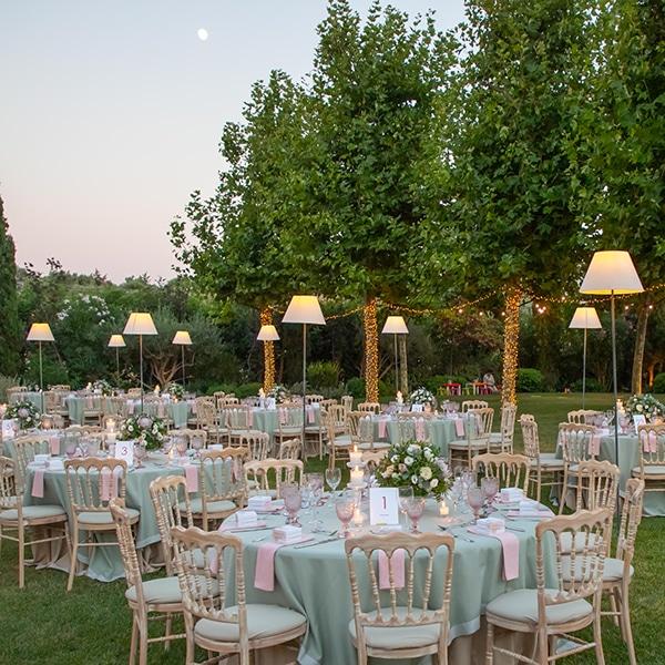 summer-wedding-pyrgos-petreza-protea-pink-mint-hues_14