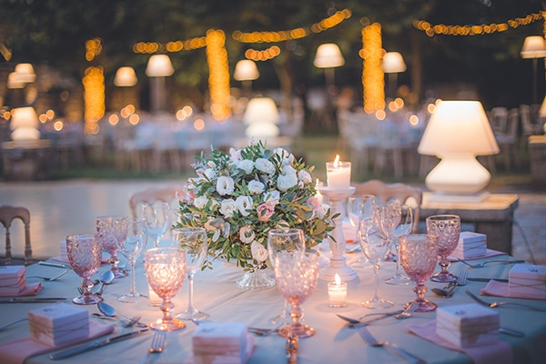 summer-wedding-pyrgos-petreza-protea-pink-mint-hues_15x