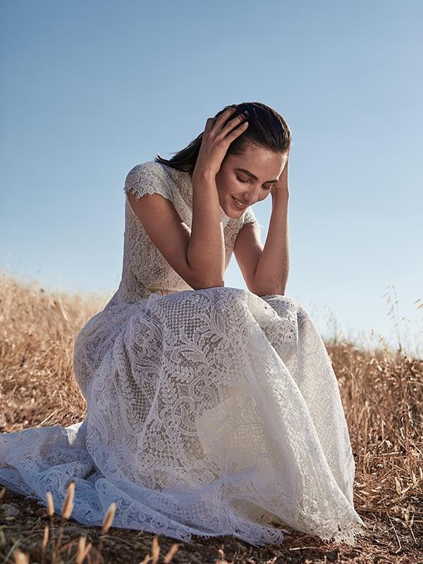 ultra-stylish-wedding-dresses-costarellos_01x