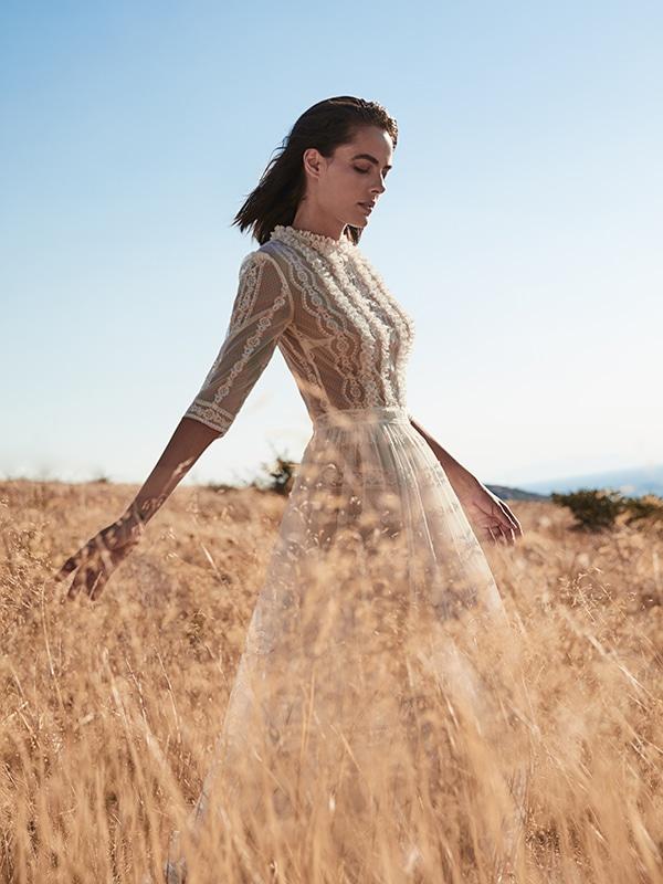ultra-stylish-wedding-dresses-costarellos_02