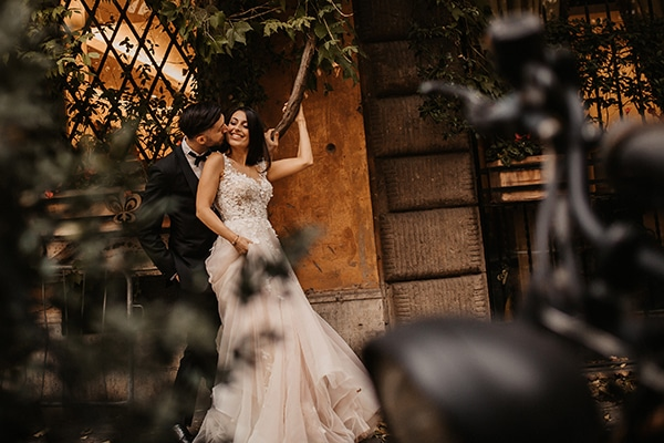 beautiful-fall-wedding-athens-romantic-details_40
