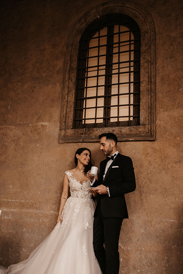 beautiful-fall-wedding-athens-romantic-details_43x