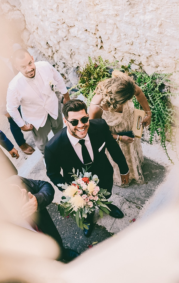 beautiful-summer-wedding-karpathos-traditional-elements_11