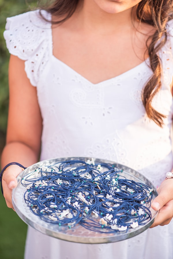 beautiful-wedding-baptism-athens-baby-breaths-blue-hyndrangeas_06x
