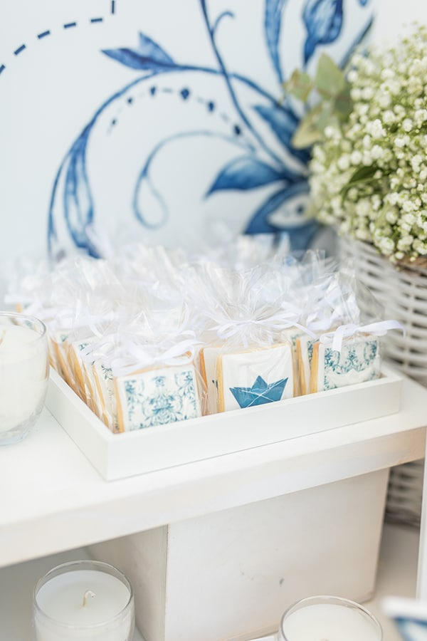 beautiful-wedding-baptism-athens-baby-breaths-blue-hyndrangeas_17