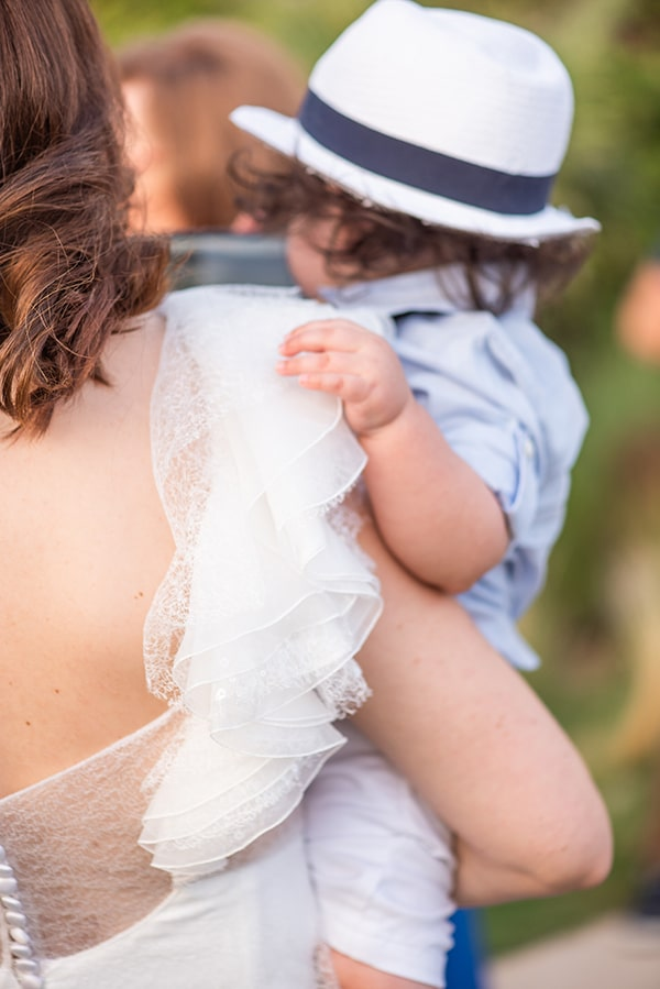 beautiful-wedding-baptism-athens-baby-breaths-blue-hyndrangeas_34