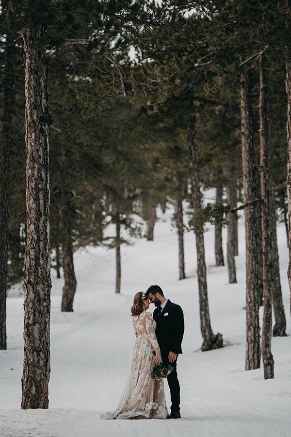 beautiful-winter-wedding-larnaca-warm-hues_24