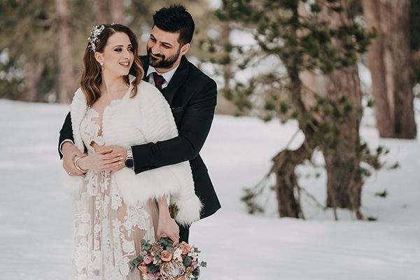 beautiful-winter-wedding-larnaca-warm-hues_25