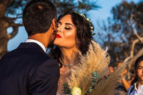 bohemian-fall-wedding-santorini_18