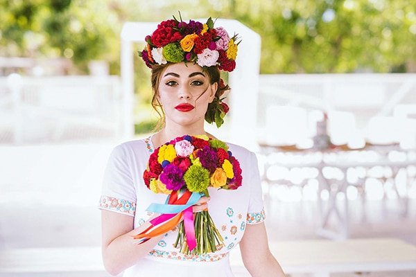 Colorful wedding styled shoot with gorgeous florals