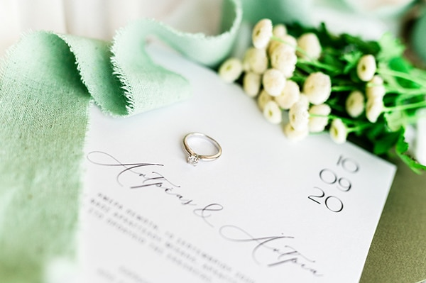 elegant-summer-wedding-nicosia-white-green-hues_02x