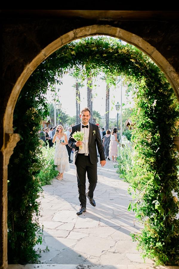 elegant-summer-wedding-nicosia-white-green-hues_17