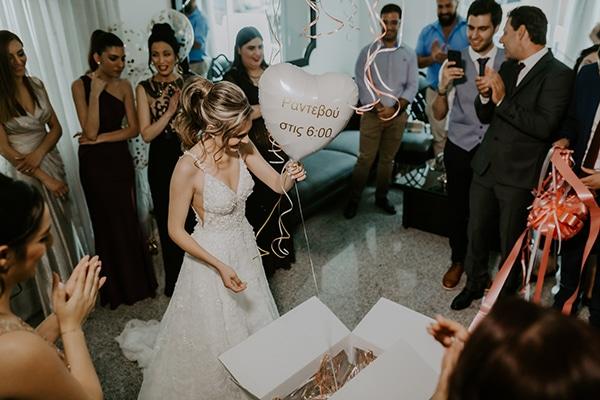 Πρωτότυπη ιδέα – δώρο γαμπρού στη νύφη για ραντεβού στην εκκλησία