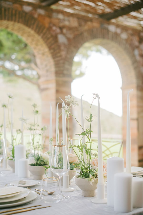 inspirational-styled-shoot-romantic-chic-details_10x