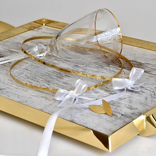 minimal-chic-wedding-wreaths-elegant-wedding_05x
