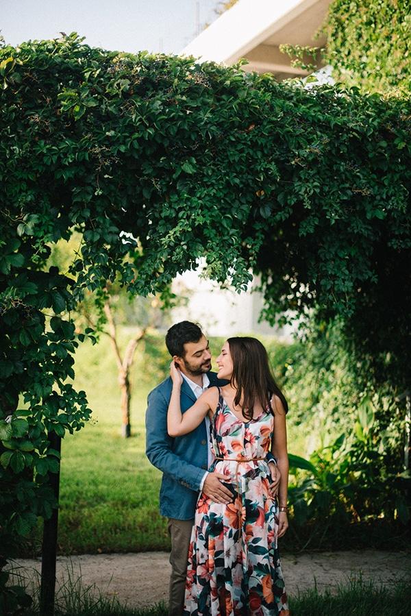 outdoor-pretty-prewedding-photo-session_03x