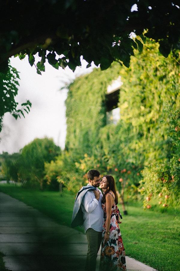 outdoor-pretty-prewedding-photo-session_06