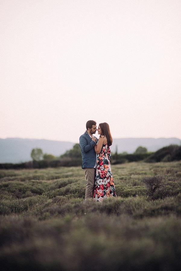outdoor-pretty-prewedding-photo-session_10