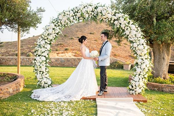 Υπαίθριος καλοκαιρινός γάμος στην Αθήνα με τις πιο ρομαντικές λεπτομέρειες │ Jasmine & Yaasha