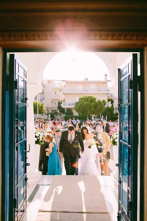 romantic-wedding-ble-azure-navy-blue-white-hues_03x