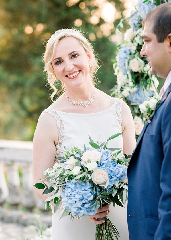 romantic-wedding-corfu-dusty-blue-hues-elegant-touches_10x