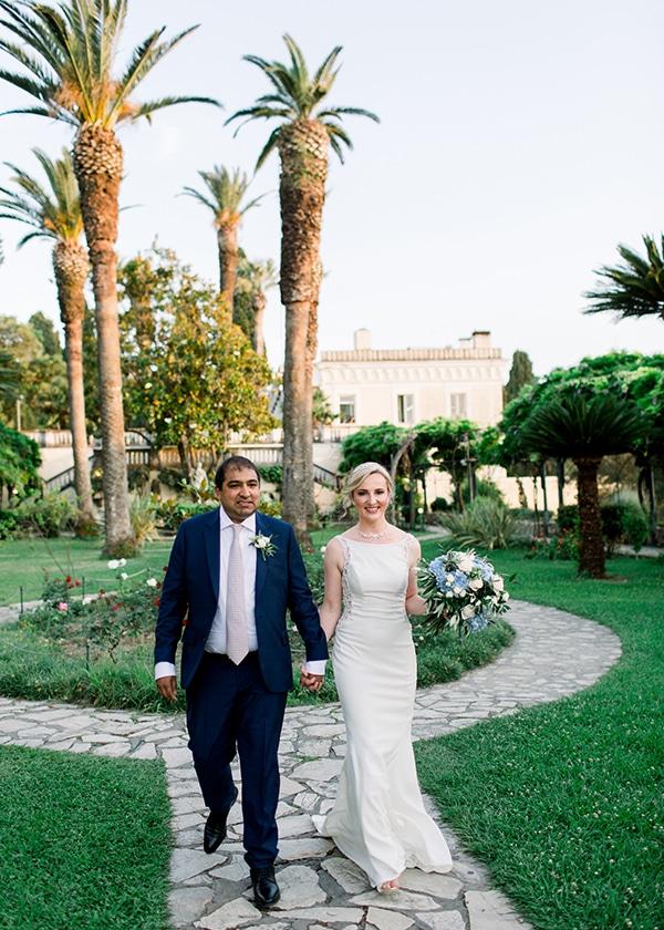 romantic-wedding-corfu-dusty-blue-hues-elegant-touches_14