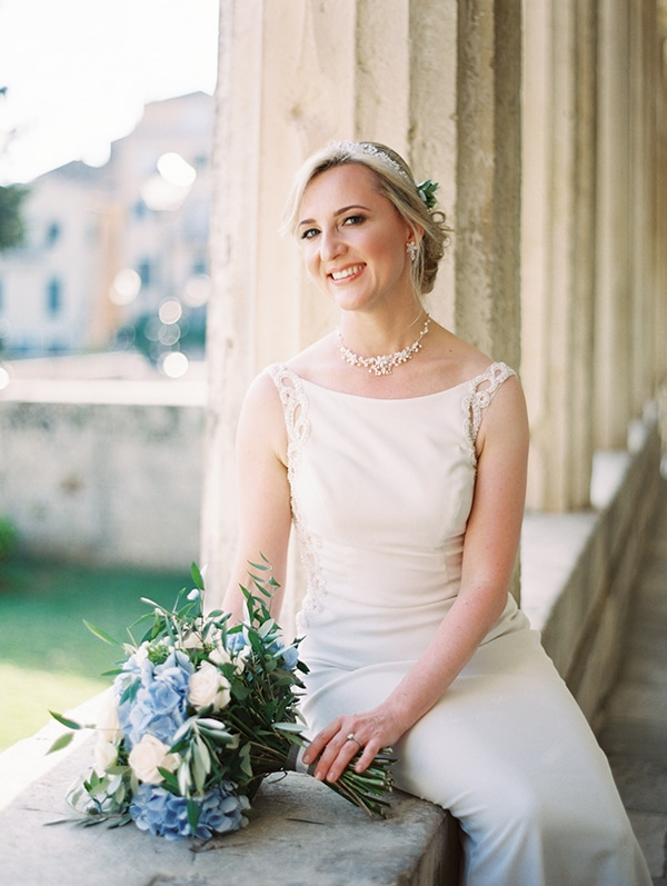 romantic-wedding-corfu-dusty-blue-hues-elegant-touches_48