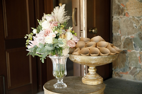 stunning-bohemian-wedding-decoration-ideas-gold-details_03x