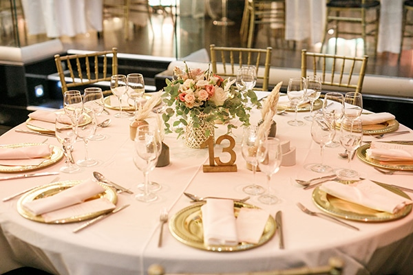stunning-bohemian-wedding-decoration-ideas-gold-details_07