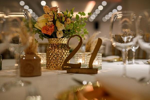 stunning-bohemian-wedding-decoration-ideas-gold-details_12