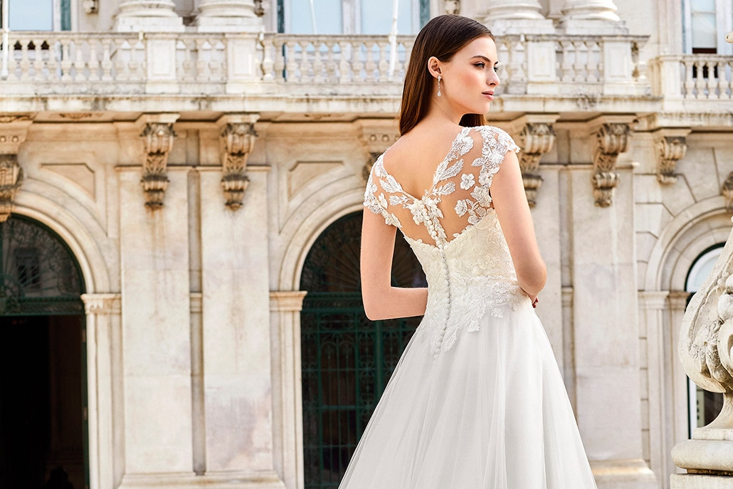 Yπέροχα Justin Alexander νυφικά φορέματα για ένα stylish bridal look │ Adore Bridal Collection 2021