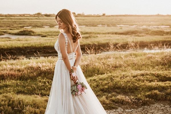 Νυφικά φορέματα με αισθησιακή πλάτη για μια glamorous εμφάνιση που κόβει την ανάσα