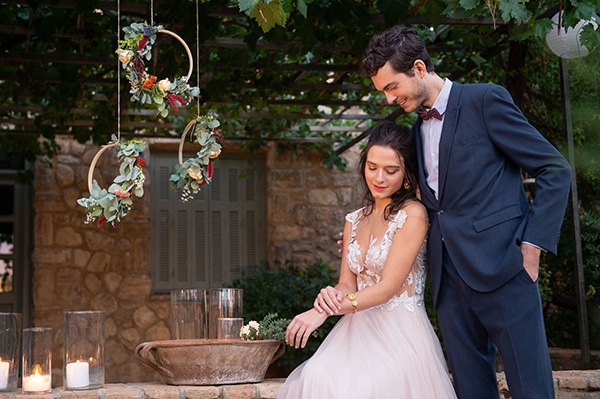 beautiful-styled-shoot-rustic-details-romantic-atmosphere_02x