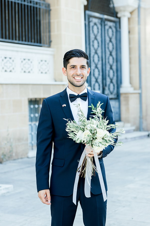 beautiful-summer-wedding-nicosia-olive-leaves-white-roses_08