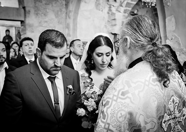 beautiful-winter-wedding-larnaca-burgundy-hues_10x