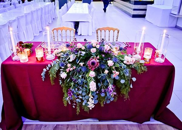 beautiful-winter-wedding-larnaca-burgundy-hues_15