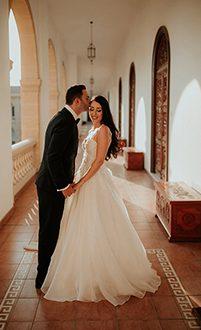 Elegant γαμοι