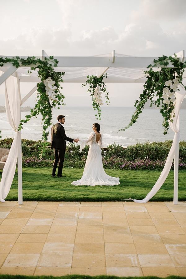 fairytale-garden-wedding-inspired-styled-shoot_04x