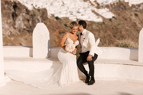glamorous-summer-wedding-santorini-pastel-hues_01