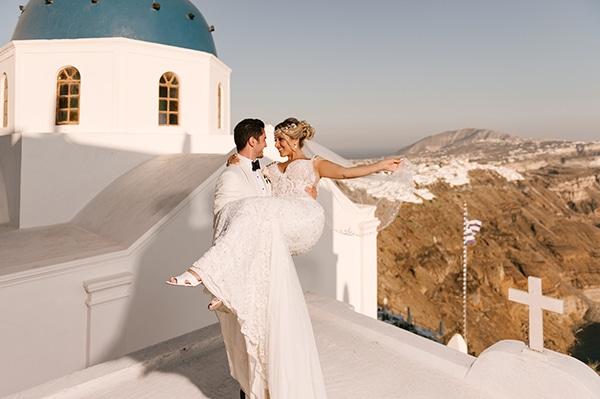 glamorous-summer-wedding-santorini-pastel-hues_03x