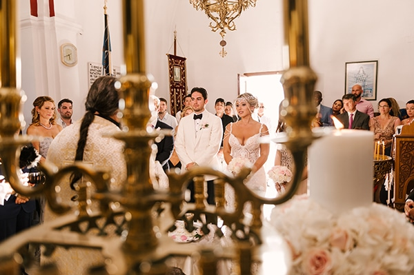 glamorous-summer-wedding-santorini-pastel-hues_11