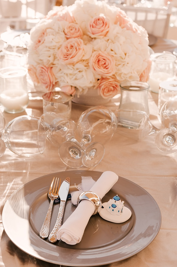 glamorous-summer-wedding-santorini-pastel-hues_16x