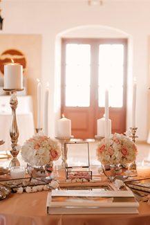 Elegant στολισμος dessert table γαμου με κηροπηγια