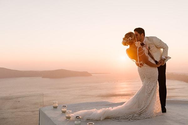 glamorous-summer-wedding-santorini-pastel-hues_22x